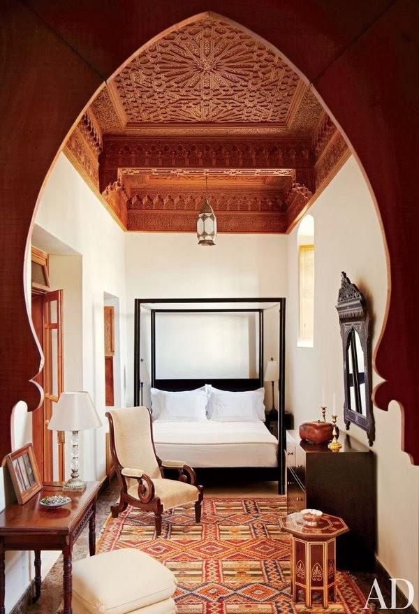 4 morocco - dustjacket attic